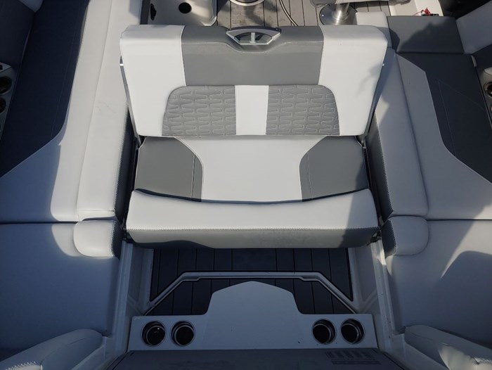2019 MasterCraft X22 Photo 11 of 13