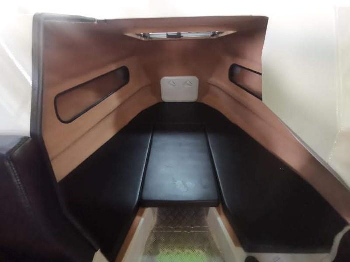 2019 Hypermode Hypermarine 750 forerake cabin Photo 9 of 9