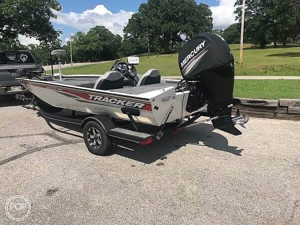 Tracker 195 TXW Tournament Edition 2017 Used Boat for Sale in Bristow,  Oklahoma - BoatDealers ca