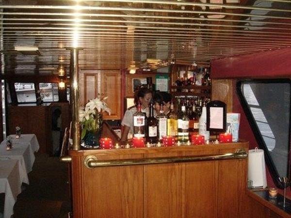 1988 Commercial Toronto Charter Vessel Photo 8 sur 19