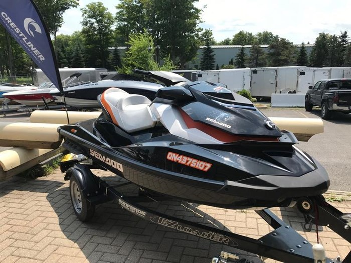 2014 Sea-Doo GTI SE 130 Photo 2 of 4
