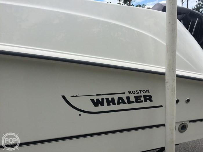 2014 Boston Whaler 250 Outrage Photo 14 sur 20