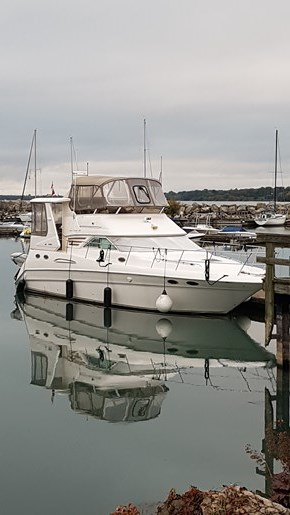 1998 Sea Ray 420 Aft Cabin Photo 1 of 25