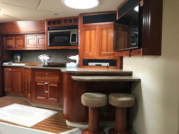 2008 Cruisers Yachts 560 Express Photo 13 sur 45