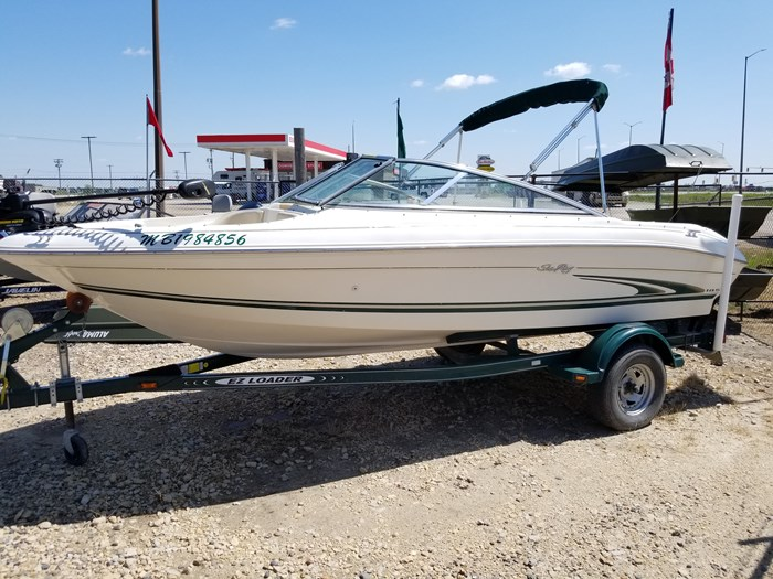 2000 Sea Ray 185 BR Photo 1 of 9