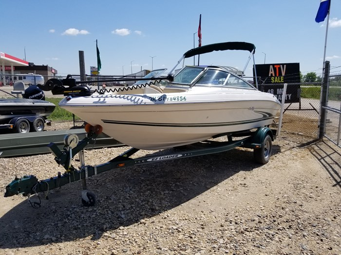 2000 Sea Ray 185 BR Photo 2 of 9