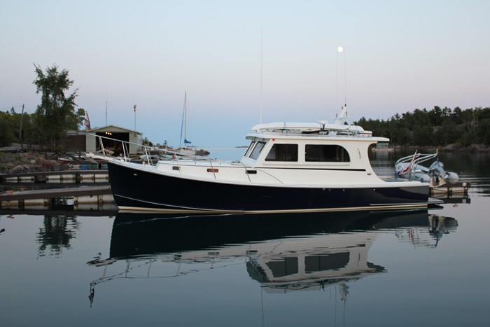 2010 Duffy Atlantic 37 Downeast Cruiser Photo 3 of 62