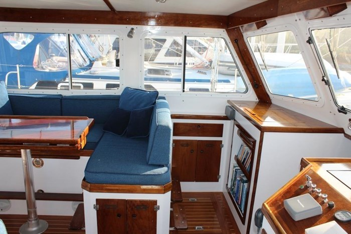 2010 Duffy Atlantic 37 Downeast Cruiser Photo 20 of 62