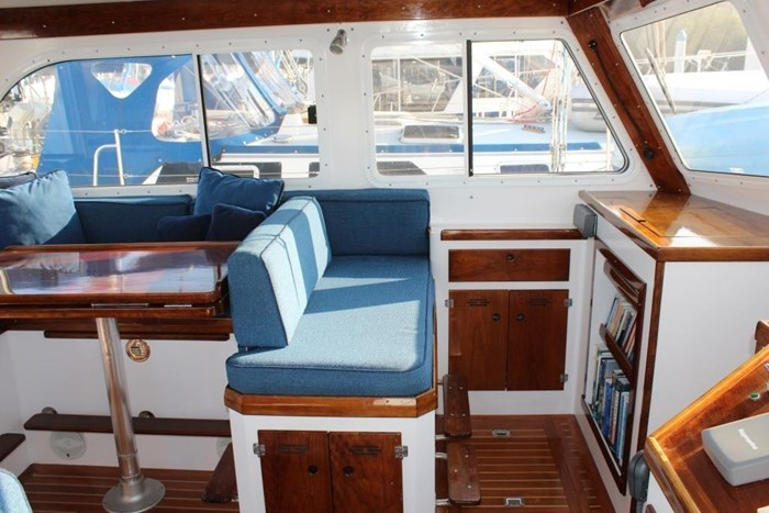 2010 Duffy Atlantic 37 Downeast Cruiser Photo 21 of 62