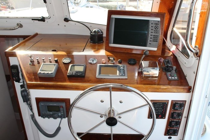 2010 Duffy Atlantic 37 Downeast Cruiser Photo 23 of 62