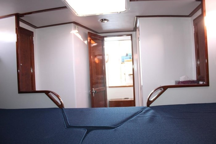 2010 Duffy Atlantic 37 Downeast Cruiser Photo 30 of 62