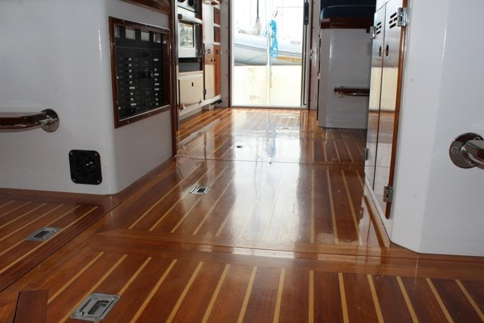 2010 Duffy Atlantic 37 Downeast Cruiser Photo 37 of 62