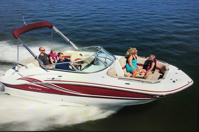 2013 Hurricane Sundeck 2200 DC I/O Photo 3 of 7