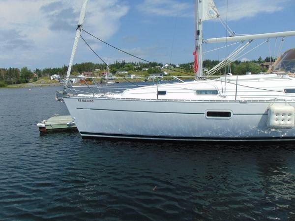 2003 Beneteau Oceanis 361 Photo 3 of 29