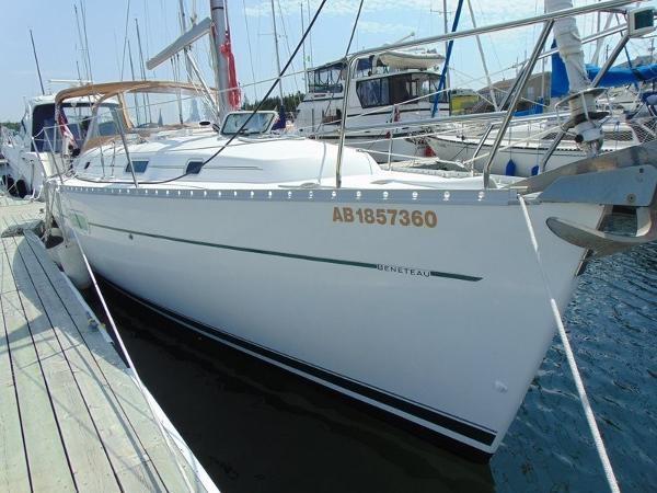2003 Beneteau Oceanis 361 Photo 4 of 29
