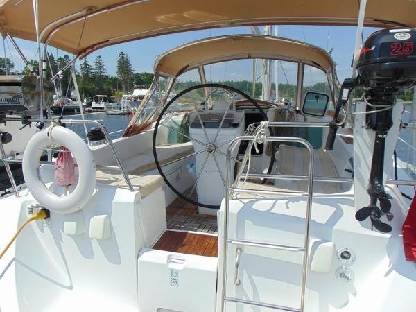 2003 Beneteau Oceanis 361 Photo 11 of 29