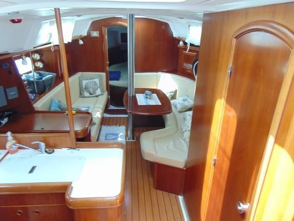 2003 Beneteau Oceanis 361 Photo 20 of 29