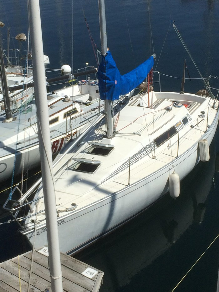 1987 Beneteau First 285 Photo 1 of 12