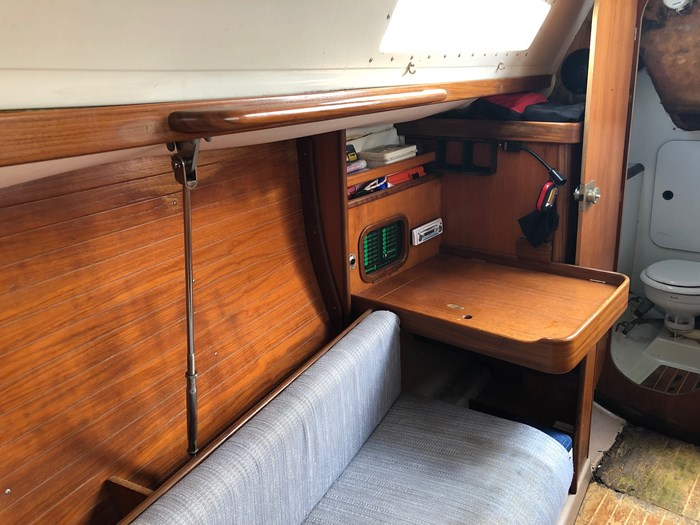 1987 Beneteau First 285 Photo 7 of 12