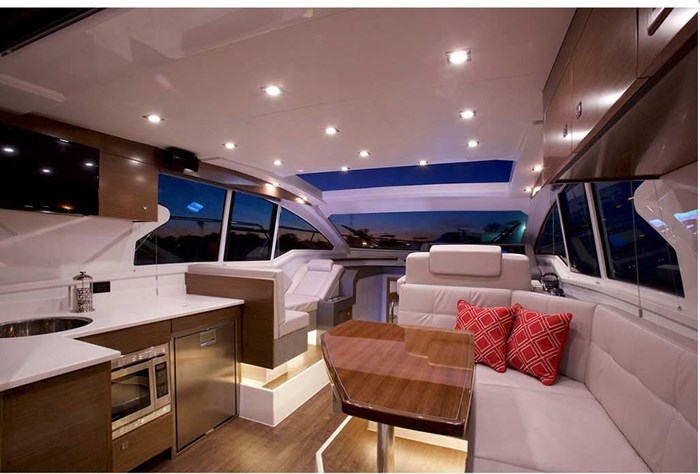 2019 Cruisers Yachts Cantius 42 Photo 8 of 11