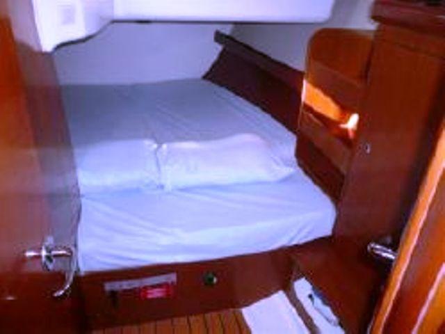 2006 Beneteau Oceanis 423 Photo 15 sur 50