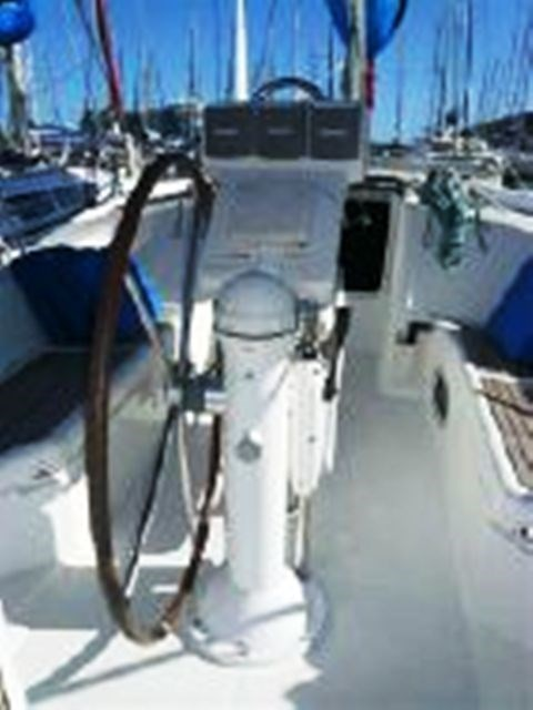 2006 Beneteau Oceanis 423 Photo 29 sur 50