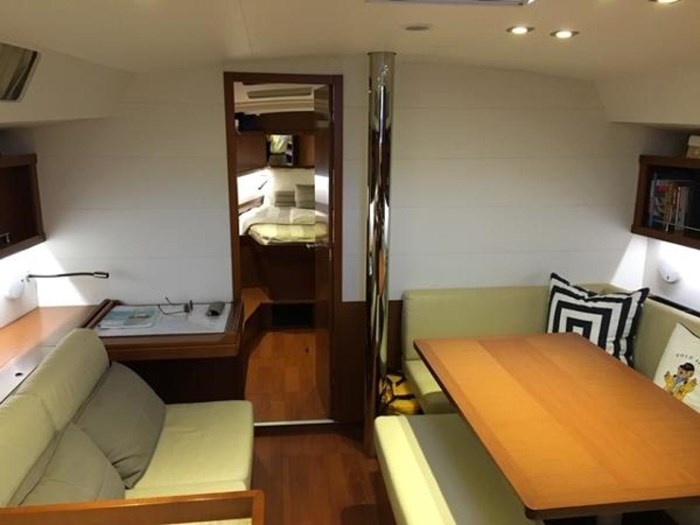2013 Beneteau 45 Photo 14 sur 40