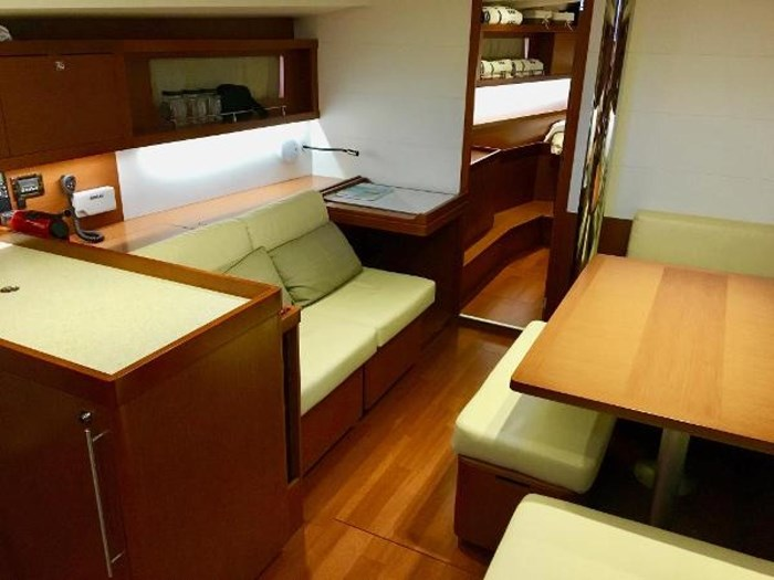 2013 Beneteau 45 Photo 15 sur 40