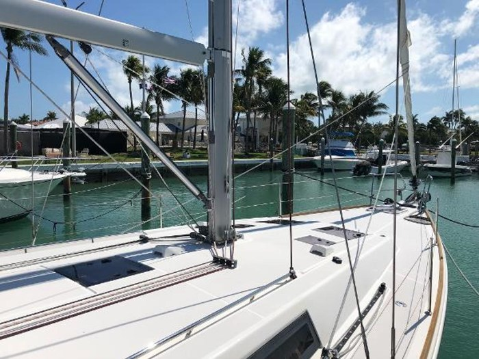 2013 Beneteau 45 Photo 33 sur 40