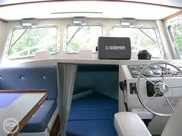 2005 Sea Sport Explorer 2400 Photo 7 of 20