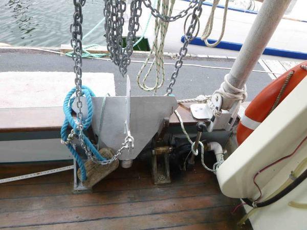 1981 Troller Trawler Thames Built Photo 12 of 41