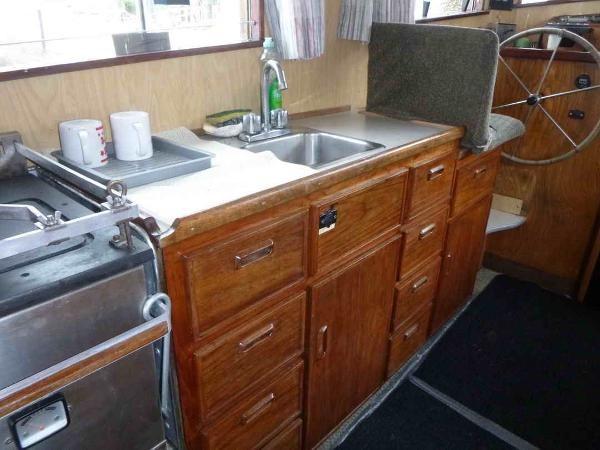 1981 Troller Trawler Thames Built Photo 25 of 41