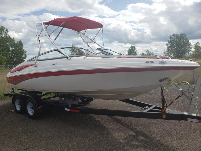 2011 Crownline BOWRIDER 21 SS Photo 1 of 20