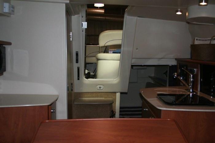 2008 Bayliner 265 SB Cruiser Photo 8 of 27