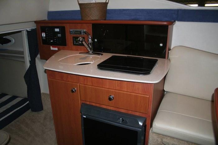 2008 Bayliner 265 SB Cruiser Photo 9 of 27