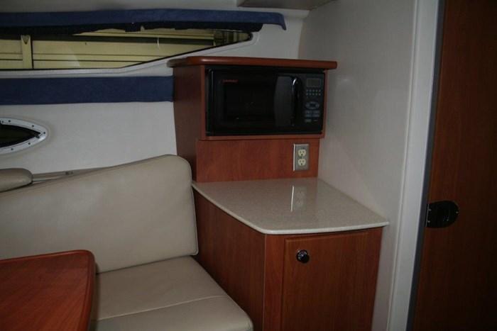 2008 Bayliner 265 SB Cruiser Photo 10 of 27