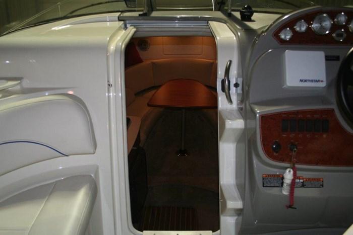 2008 Bayliner 265 SB Cruiser Photo 13 of 27