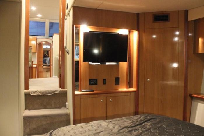 2008 CRUISERS YACHTS 395 Motor yacht Diesel Photo 15 of 24