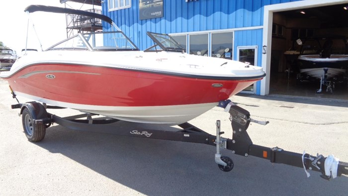 2020 Sea Ray SPX 190 Photo 2 of 33