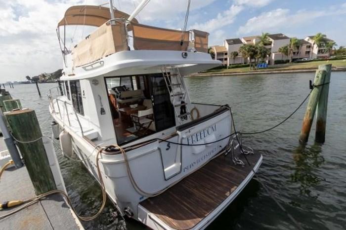2015 Beneteau Swift Trawler 34 Photo 4 sur 46