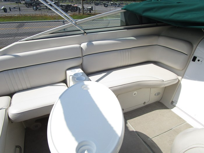 2001 CROWNLINE 230CCR Photo 13 of 17
