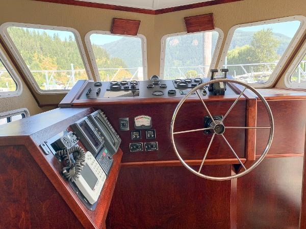 1987 Three Buoys Coastal Cruiser Photo 32 sur 60