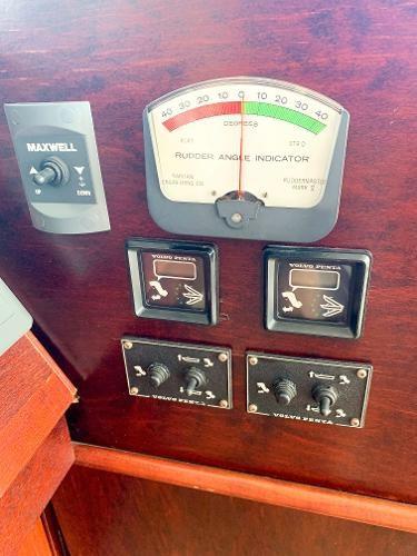 1987 Three Buoys Coastal Cruiser Photo 35 of 60