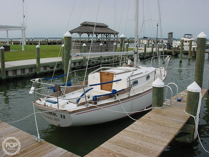 1980 Cape Dory 27 Photo 2 sur 20