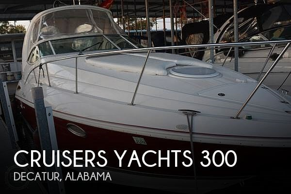2005 Cruisers Yachts 300 Express Photo 1 of 20