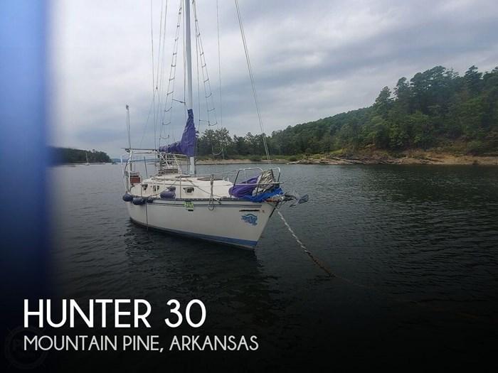 1981 Hunter 30 Photo 1 sur 20
