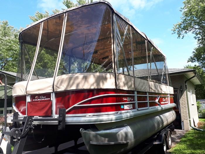 2018 Sun Tracker Fishin Barge 20 DLX Photo 18 of 24