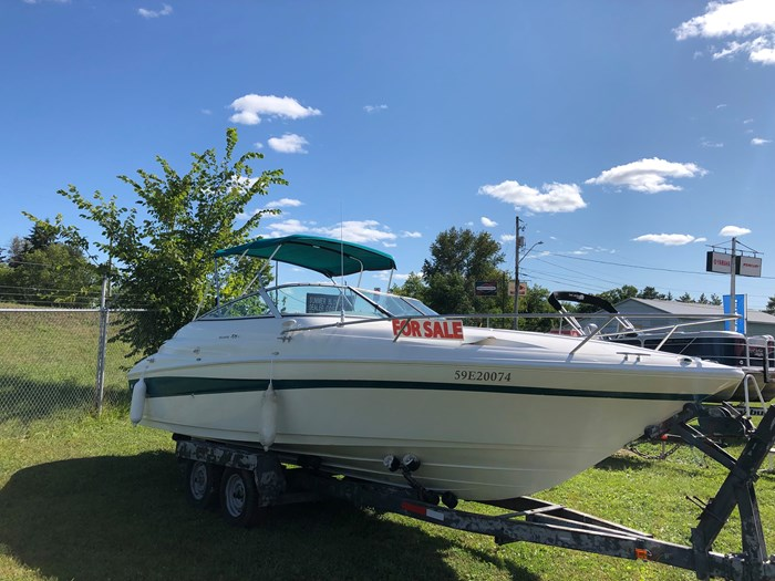 1998 Campion 705 Allante Photo 2 of 22
