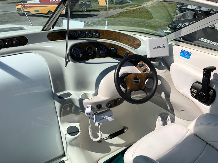 1998 Campion 705 Allante Photo 7 of 22