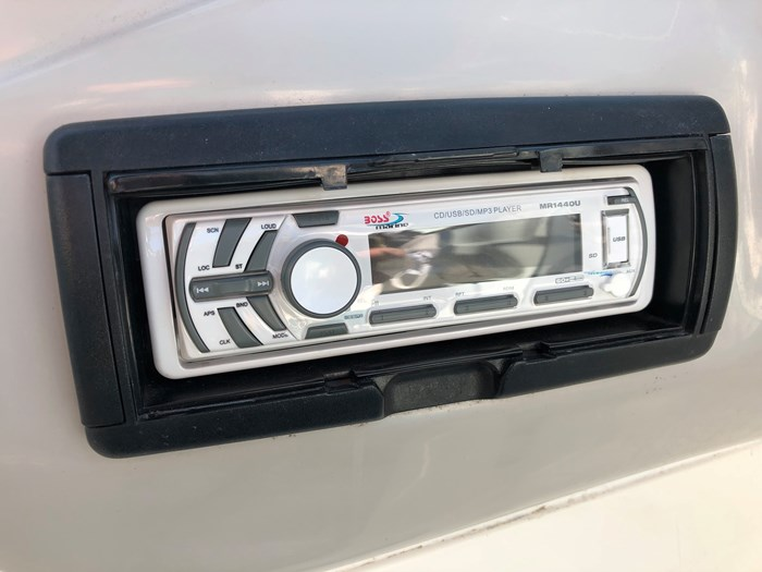 1998 Campion 705 Allante Photo 14 of 22